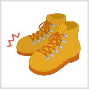 つま先に衝撃を受けた安全靴
