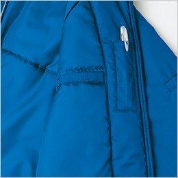 左胸の内側にペン差しポケット&手帳などが収納できる縦型ポケット